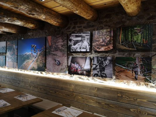 Bar restaurant Spot COMMENCAL